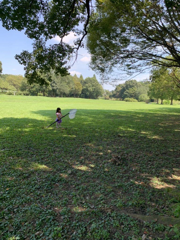 コロナで広い公園へ外遊び